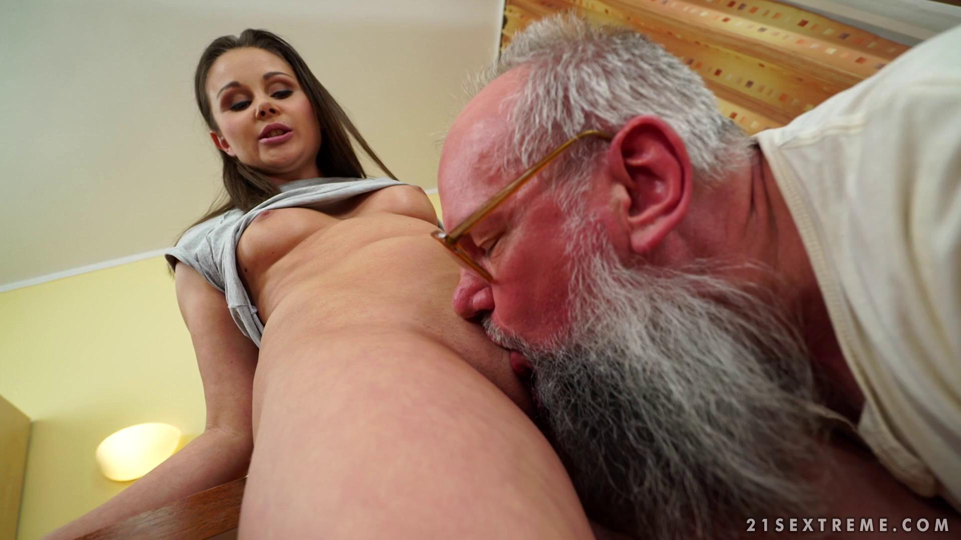 GrandpasFuckTeens – Liza Shay Tasting A Young Woman