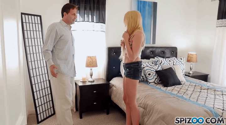Spizoo – Zoe Clark Fucks The Landlord