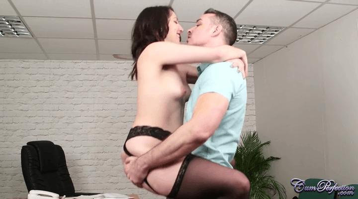 CumPerfection – Liz Rainbow Unemployed Boyfriend
