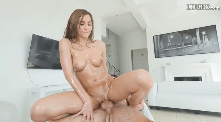 Lubed – Moka Mora Oiled For Splits