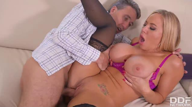 DDFBusty – Hot Summer Days: Curvy Milf Gets Titties Fucked By Mature Man – Olivia Austin