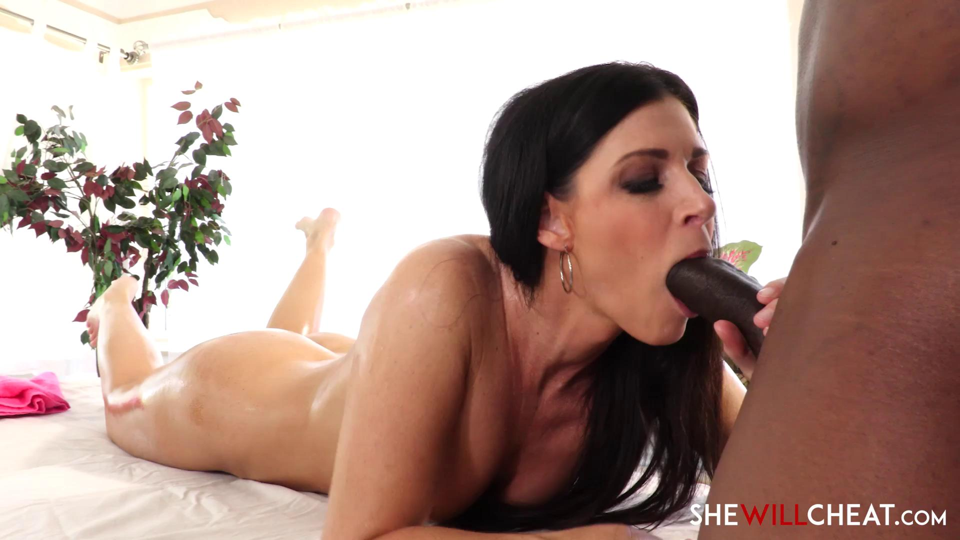 SheWillCheat – India Summer